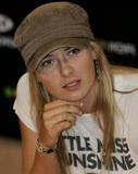 Maria Sharapova - Page 15 Th_97738_mariasharapova3_122_165lo