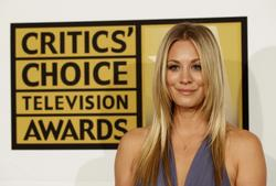 Калей Куоко, фото 241. Kaley Cuoco Sarah Michelle Gellar attends the 2011 Critics' Choice Television Awards on June 20, 2011 at the Beverly Hills Hotel in Beverly Hills, California., photo 241