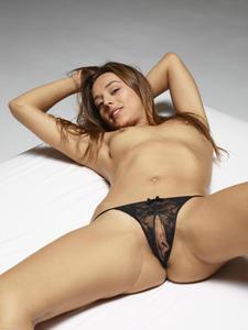 [Image: th_356347257_Dominika_C_hegre_pussy_pant..._230lo.jpg]