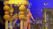 Laurita moviendo el culo en Showmatch