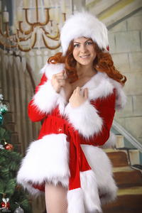 http://img145.imagevenue.com/loc458/th_531579413_silver_angels_Sandrinya_I_Christmas_1_094_123_458lo.jpg