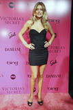 th_92319_Doutzen_Kroes_Victorias_Secret_Fashion_Show_After_Party_in_NY_November_19_2009_07_122_475lo.jpg
