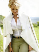 http://img145.imagevenue.com/loc505/th_12900_Katherine_Heigl_InStyle_Oct2010_07_122_505lo.jpg
