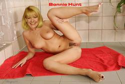 Bonnie Hunt Porn 43