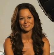 th_992722874_BrookeBurke_Shape_BehindScenesCoverShoot_1_122_61lo.jpg